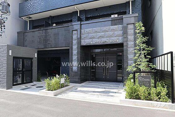 マンション(建物一部)-名古屋市東区葵1丁目 訪れるお客様をお迎えするエントランスは高級感あふれる落ち着いた雰囲気です。エントランスはマンションの顔とも言えますね。
