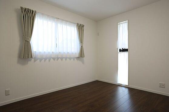 中古一戸建て-刈谷市小山町5丁目 1階の洋室です!各部屋収納スペースが充実しています!