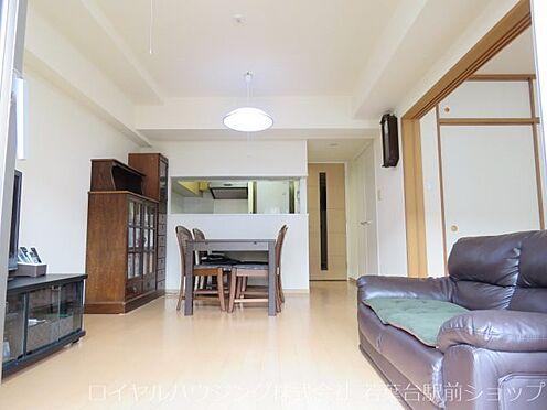 中古マンション-川崎市高津区新作5丁目 リビングダイニング部分には温水式床暖房を完備しています