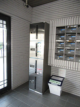 マンション(建物一部)-京都市伏見区菱屋町 宅配ボックスあって便利。