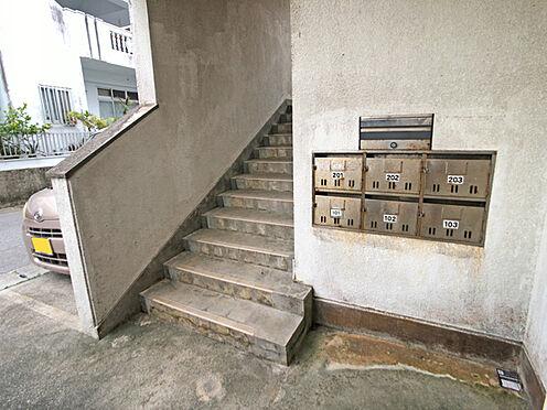 アパート-中頭郡読谷村字比謝 外階段・郵便受け