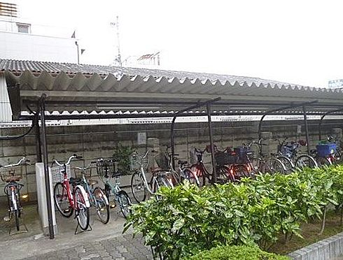 区分マンション-大阪市平野区長吉出戸5丁目 屋根付きの駐輪場あり
