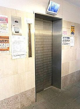 マンション(建物一部)-大阪市生野区勝山南4丁目 防犯カメラ搭載のエレベーター