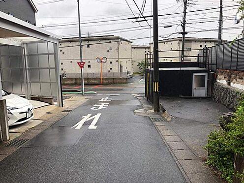 中古一戸建て-豊田市平山町5丁目 こちらは前面道路です。