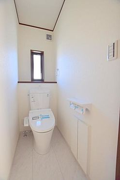 新築一戸建て-仙台市泉区鶴が丘1丁目 トイレ