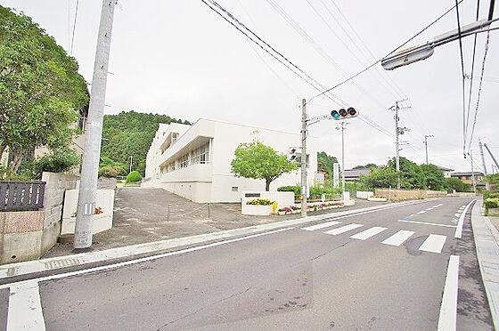 土地-名取市飯野坂7丁目 舘腰小学校 約750m
