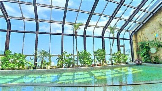 中古マンション-熱海市林ガ丘町 南国のリゾートを思わせる温泉の大浴場が魅力の一つです。