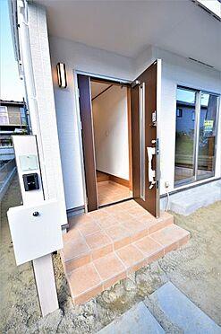 新築一戸建て-仙台市泉区南光台2丁目 玄関