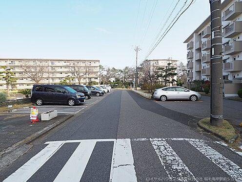 区分マンション-千葉市美浜区稲毛海岸3丁目 駐車場です!