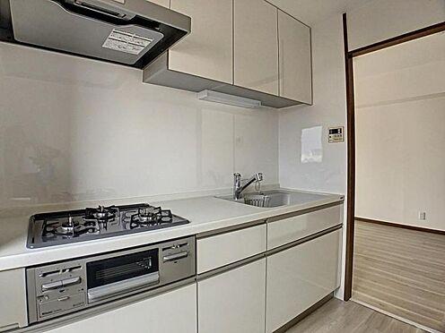 区分マンション-名古屋市南区豊田2丁目 リフォーム済み明るいキッチン