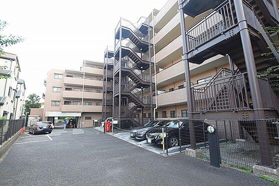 中古マンション-足立区伊興1丁目 駐車場