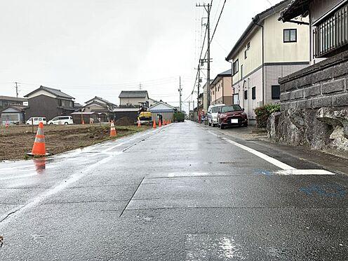 土地-西尾市吉良町上横須賀池端 公園まで徒歩約8分、保育園まで徒歩約9分で、子育てしやす環境です。