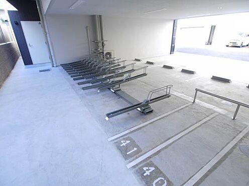 マンション(建物一部)-大阪市中央区法円坂1丁目 整備された自転車・バイク置場のスペースも