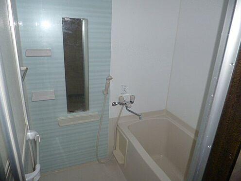 区分マンション-新宿区馬場下町 きれいなお風呂です