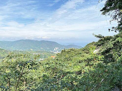 中古一戸建て-伊東市宇佐美 ≪眺望≫ 晴れた日には2階から北東方面に少し海を望みます。
