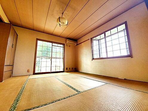 中古マンション-多摩市豊ヶ丘2丁目 8帖の和室です。こちらは北側ですが二面採光ですので明るさも十分です!