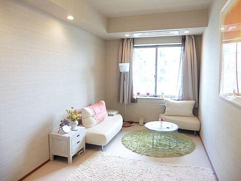 中古マンション-港区港南3丁目 約8.7畳の洋室 家具・小物類は販売価格に含まれません