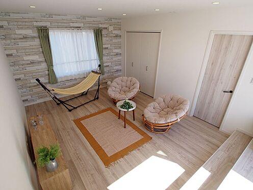 戸建賃貸-碧南市中山町6丁目 広々とした洋室は寝室としても子供部屋としても使用可能です!