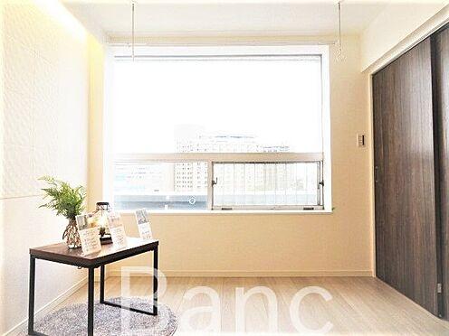 中古マンション-文京区湯島4丁目 明るい日差しが差し込む洋室
