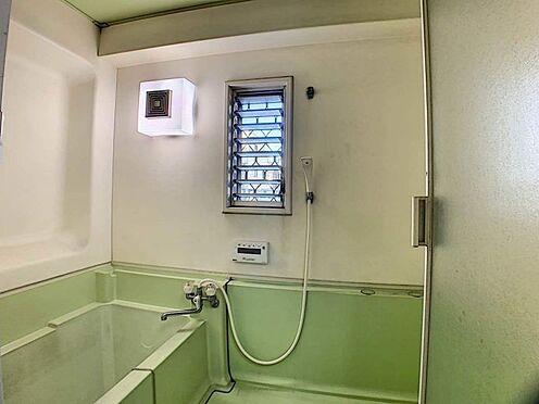 中古一戸建て-名古屋市守山区川西1丁目 窓がある浴室。リフォームプラン提案します!お気軽にご相談ください♪