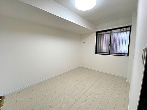 中古マンション-相模原市緑区橋本6丁目 南西側洋室約6.0帖