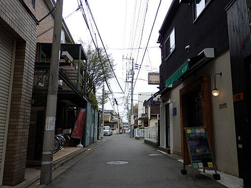 ビル(建物全部)-世田谷区駒沢2丁目 前面道路