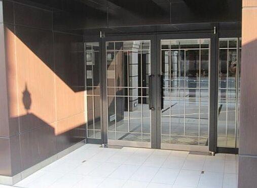 マンション(建物一部)-大阪市東成区深江北2丁目 キレイで解放感のあるエントランス
