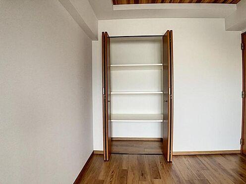 区分マンション-名古屋市中川区新家2丁目 収納棚がついているのでスッキリ収納できます!