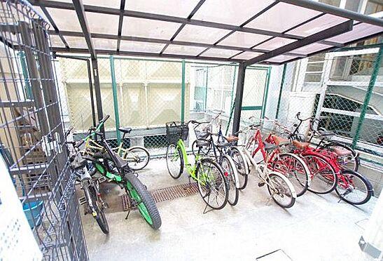 区分マンション-大阪市北区天神橋7丁目 屋根付き駐輪スペースあり
