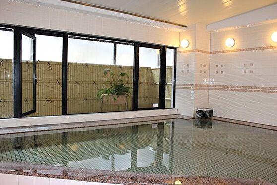 中古マンション-伊東市富戸 マンション自慢の温泉大浴場です。