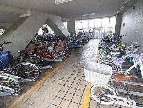 マンション(建物一部)-大阪市西淀川区佃1丁目 雨風で汚れない駐輪スペース