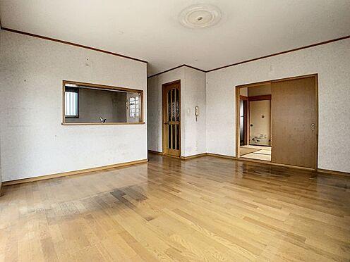 中古一戸建て-豊田市前林町桜田 LDKは約16帖!どこに家具を配置しようかな、、と考えるのはとてもわくわくしますね♪