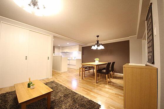 マンション(建物一部)-武蔵野市境南町2丁目 南西角部屋で日当たりの良い居室はLDKが24帖ありゆったりとした間取りとなっております