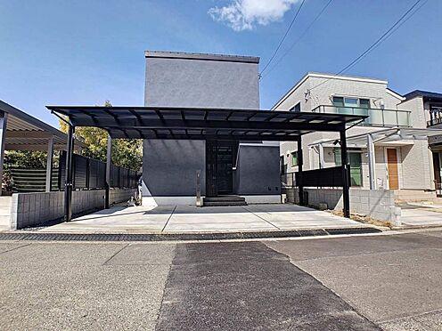 中古一戸建て-名古屋市緑区鏡田 カーポート付きの駐車場!雨の日もぬれずに車の乗り降りをすることが出来ます!