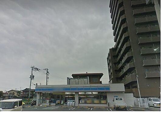 アパート-和歌山市堀止西2丁目 コンビニエンスストアローソン 和歌山西高松一丁目店まで291m