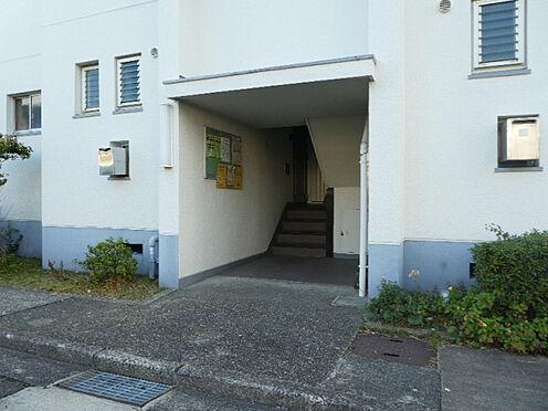 マンション(建物一部)-神戸市須磨区高倉台6丁目 エントランスは綺麗に清掃されています