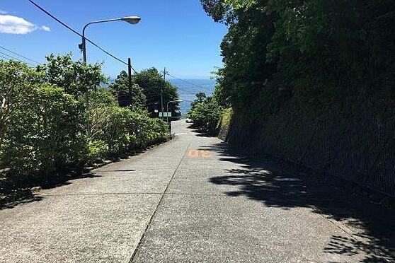 中古一戸建て-熱海市伊豆山 敷地内から相模湾を望む別荘地です。道路もしっかり管理されております。