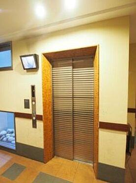 マンション(建物一部)-大阪市港区市岡1丁目 防犯性に配慮したエレベーター