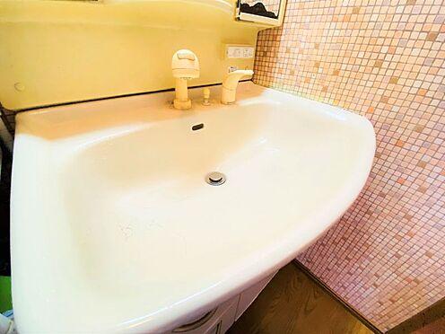 中古一戸建て-大野城市つつじケ丘6丁目 洗面台下と鏡裏には収納がついております!