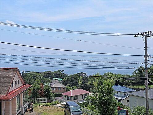 中古マンション-伊東市富戸 〔眺望〕バルコニーからの眺望です。相模湾を広角に望みます。