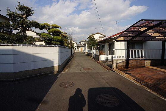 建物全部その他-岡山市中区湊 ◆西側物件の前面道路の写真です♪