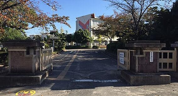 区分マンション-東海市高横須賀町御洲浜 横須賀小学校まで550m 徒歩約7分
