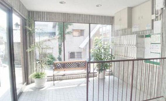 マンション(建物一部)-神戸市兵庫区五宮町 清潔感のあるエントランス