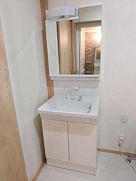 アパート-呉市阿賀中央2丁目 102号室:洗面用品も収納できすっきりと使えます!