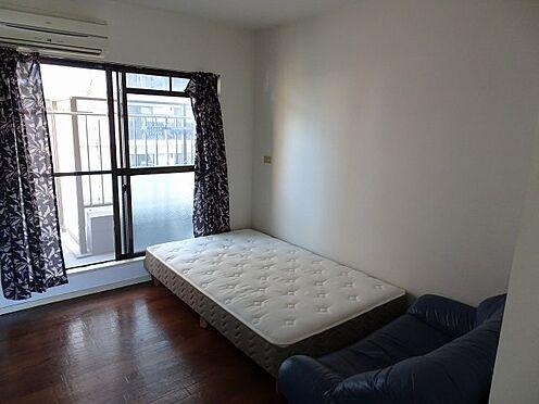 中古マンション-福岡市南区大橋1丁目 ベッド、ソファー設置。撤去も可能です。