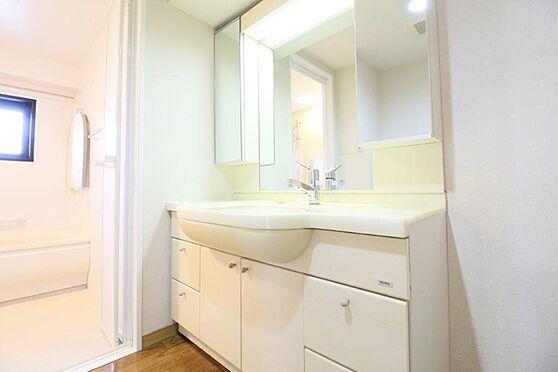 中古マンション-八王子市別所2丁目 ワイドタイプの洗面化粧台