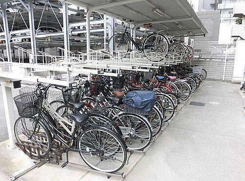 マンション(建物一部)-大阪市淀川区十三東1丁目 屋根のある駐輪場あり