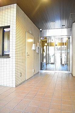マンション(建物一部)-京都市下京区松原中之町 綺麗なエントランス。