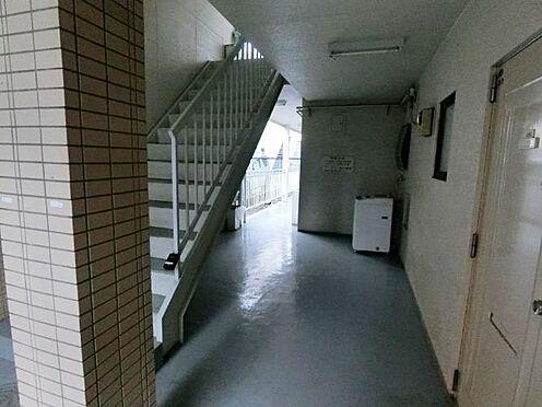 マンション(建物全部)-所沢市狭山ケ丘1丁目 階段
