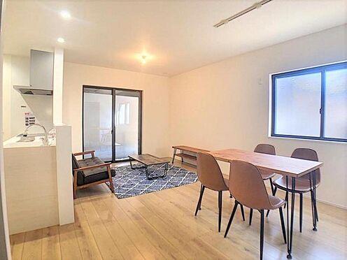 新築一戸建て-名古屋市北区辻町8丁目 家族団らんできるくつろぎスペース。